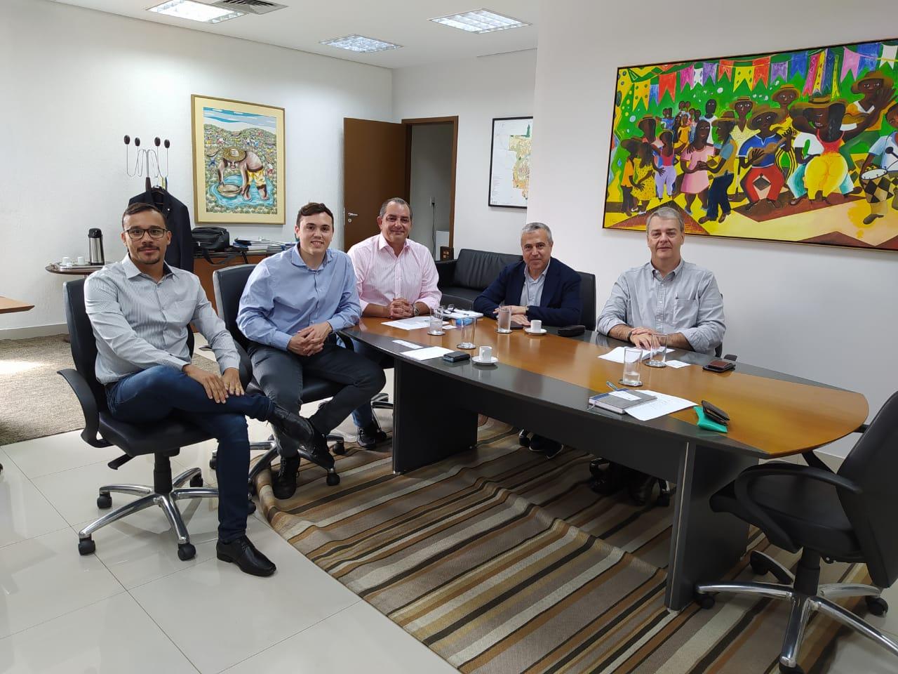 Encontro com autoridades estaduais de Mato Grosso